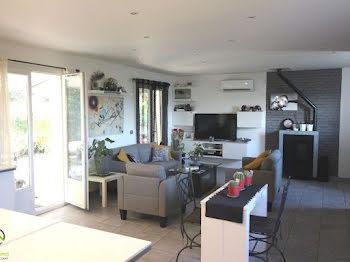 villa à Pierrefeu-du-Var (83)