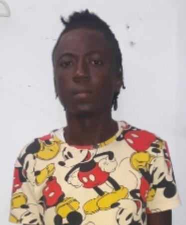 Policía Nacional: Tras fuerte persecución; se entrega prófugo por supuesto homicidio