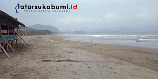 Kawasan Wisata Pantai Palabuhanratu Lenggang Sepi Pengunjung