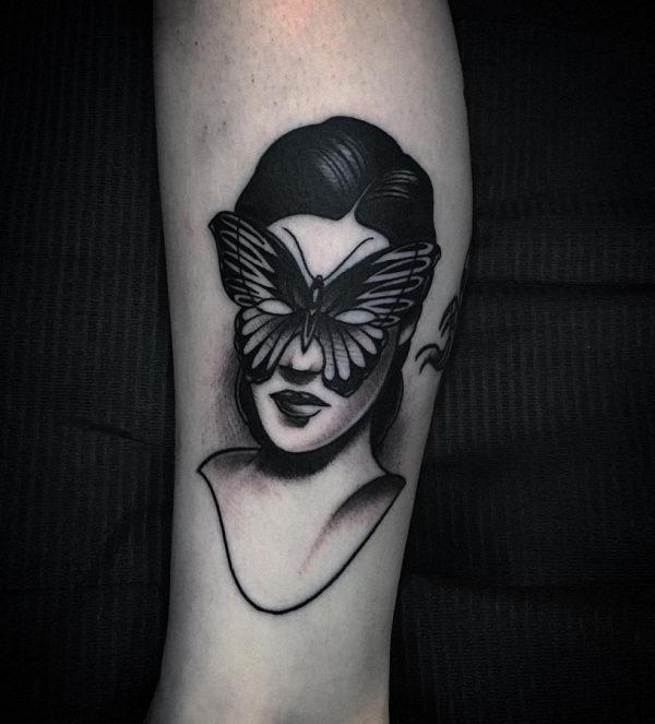 este_invulgar_tatuagem_de_borboleta