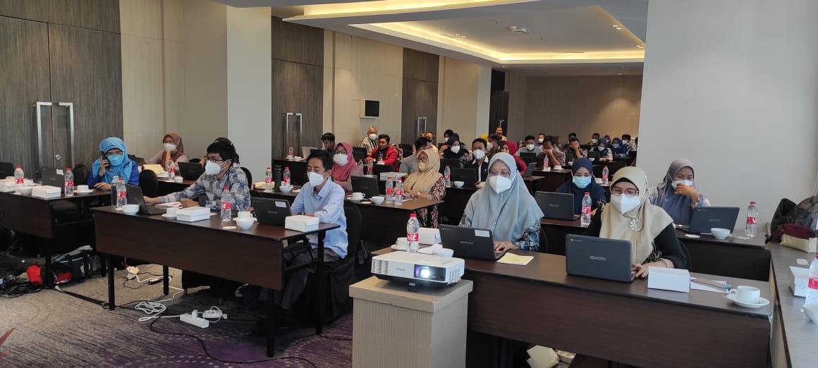 Kepala SDN 5 Mattiropole Kabupaten Soppeng Salah Satu Peserta Bimtek TIK 2021 di Hotel Novotel Makassar