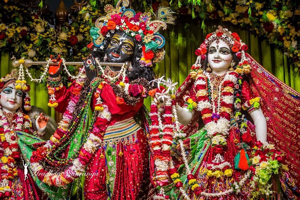 ISKCON Mayapur Deity Darshan 14 Jan 2017 (38)