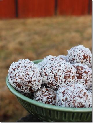 Choklad o mandelbollar