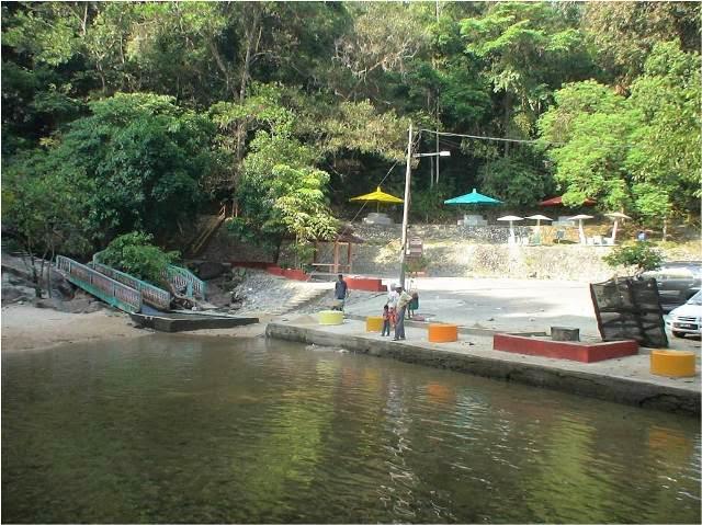Jeram-Pasu-Waterfall