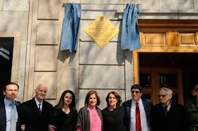 Placa homenaje al diplomático Romero Radigales en el Paseo de Pintor Rosales
