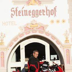 Kurt 2005 mit Ducati 1000 Multistrada.JPG