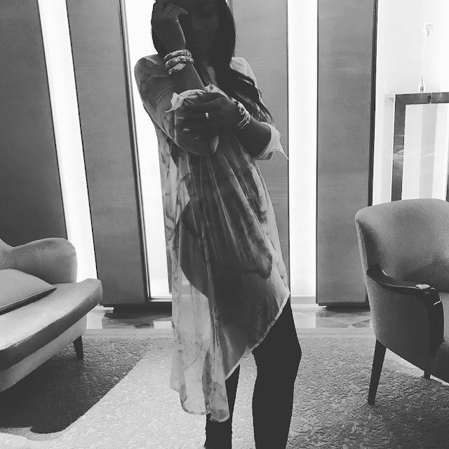 Nomzamo Mbatha Flaunts Booty In A Mirror selfie