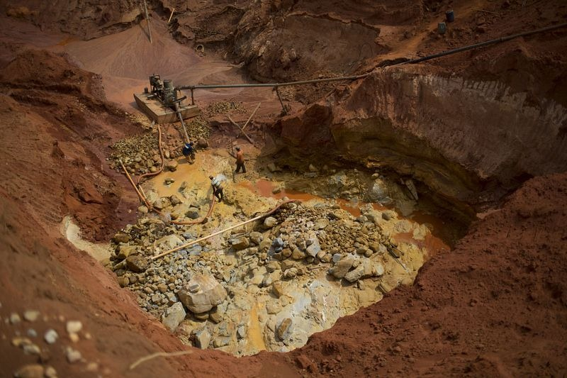 brazil-diamond-mine-areinha-9