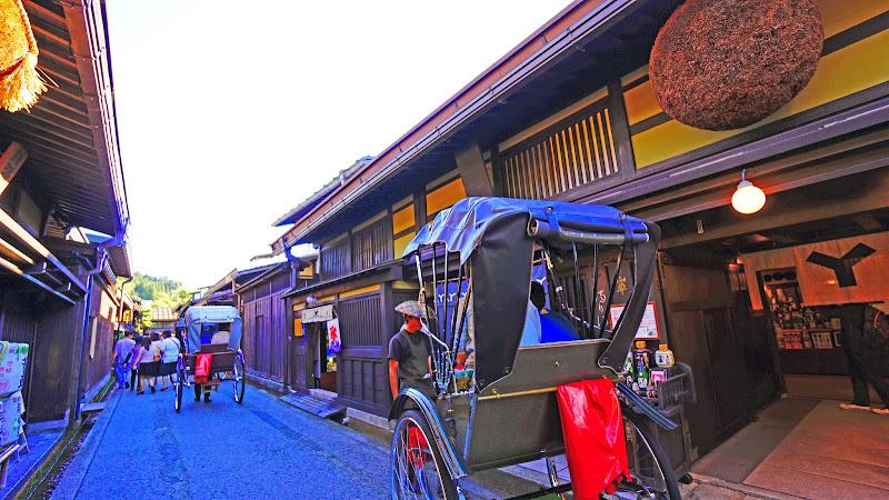 飛騨高山 さんまち 人力車 写真3