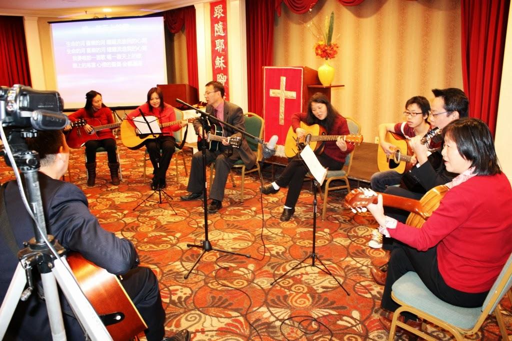 Guitar Class presentation. 2012-11-18 吉他班表演