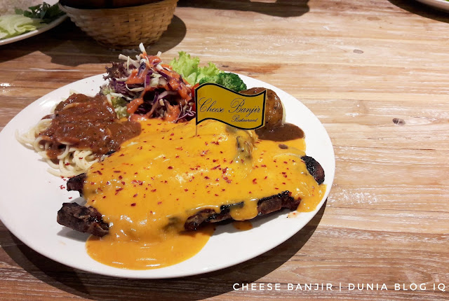 Cheese Meleleh di Cheese Banjir, Desa Pandan
