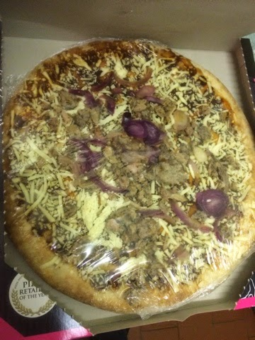 FOODSTUFF FINDS: Asda takeaway pizza - Holy Smoke! [by @NLi10]