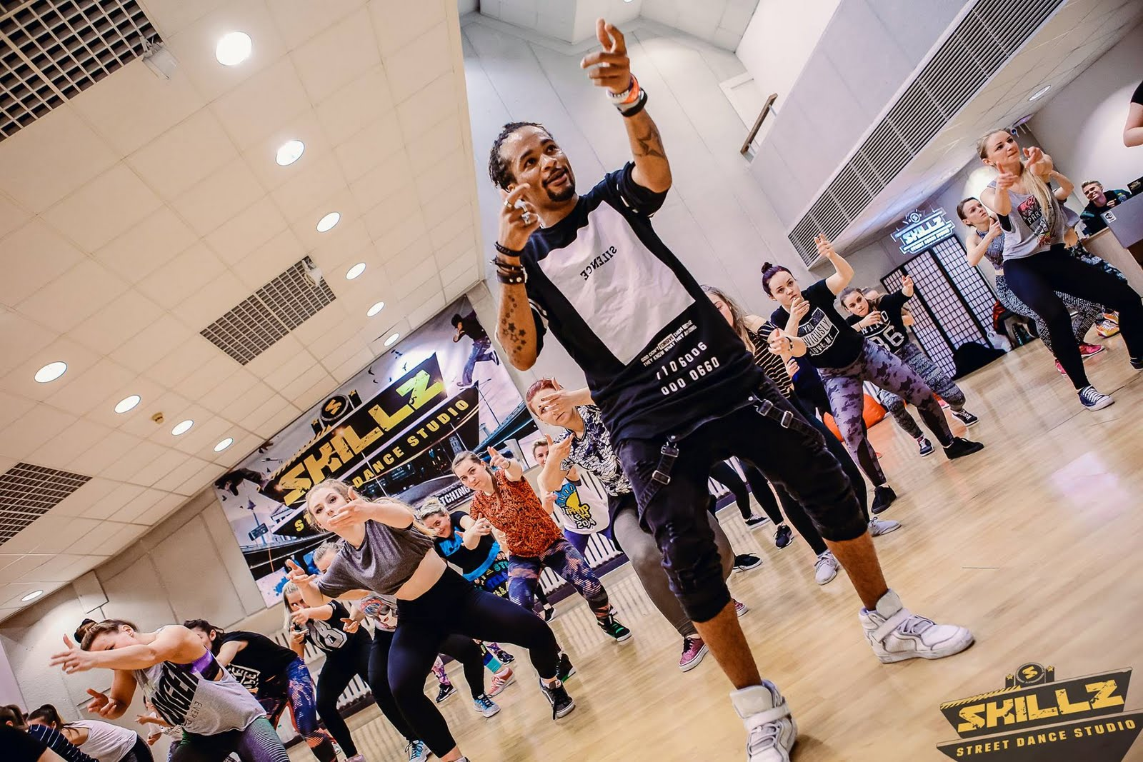 Dancehall workshop with Jiggy (France) - 11.jpg