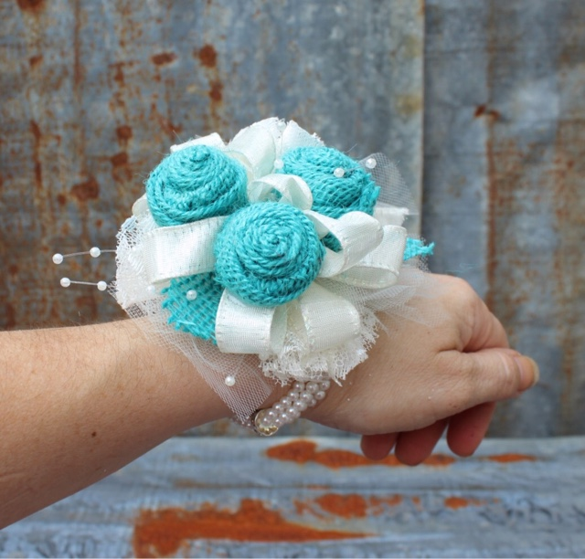 mother's corsage