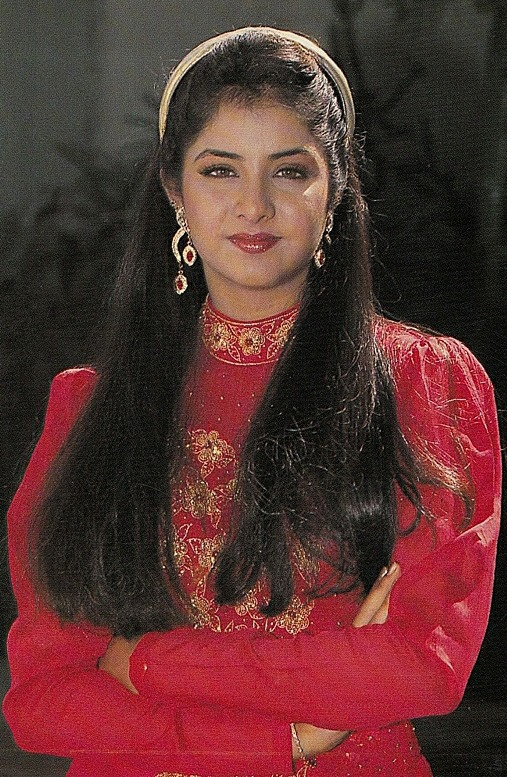 divya bharti awesome images   whatsapp images