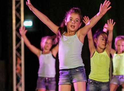 Han Balk Dance by Fernanda-3472.jpg