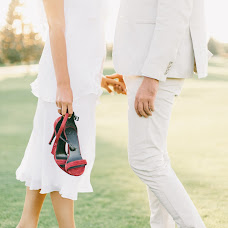 Wedding photographer Dmitriy Kapitonenko (Kapitonenko). Photo of 12.02.2018