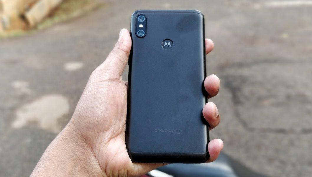 صور ومواصفات Motorola One Power تظهر بفضل هيئة الإتصالات الصينية TENAA