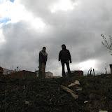 Вадим и Даниил (10Б 9 Лицей) строят лесенку