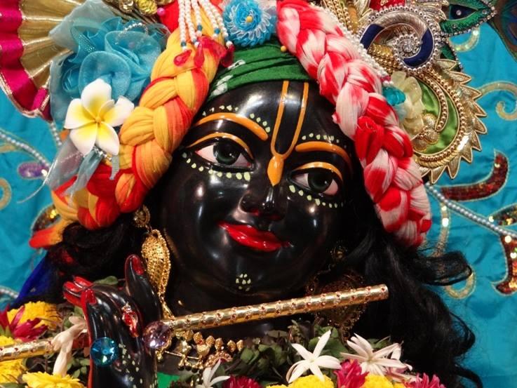 ISKCON Nigdi Deity Darshan 06 Jan 2016 (16)