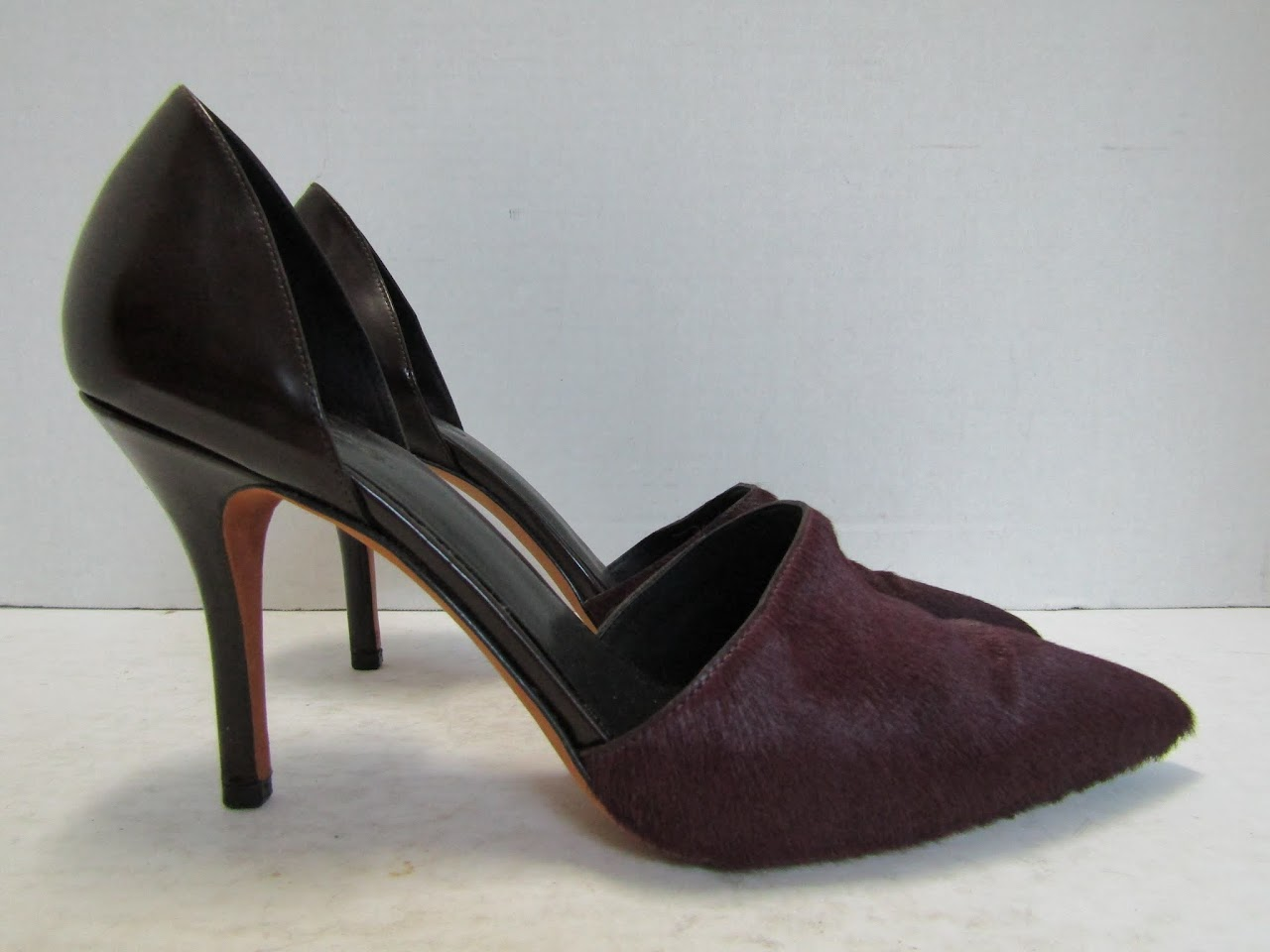 Vince Hide Pumps