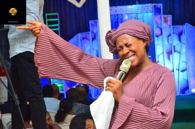 [BangHitz] Meet Popular Sensational Prophetess Rose Kelvin, the Prophetic Encyclopedia as she Unveils Deep Spiritual Secrets by Prophecy [Watch Video]