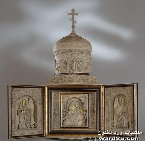 لوحات بخيوط الكتان للفنان Vladimir Denshchikov