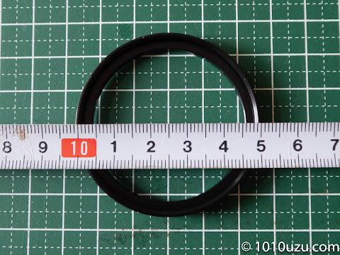 46-49 mmステップアップリングの内径は48 mm程度