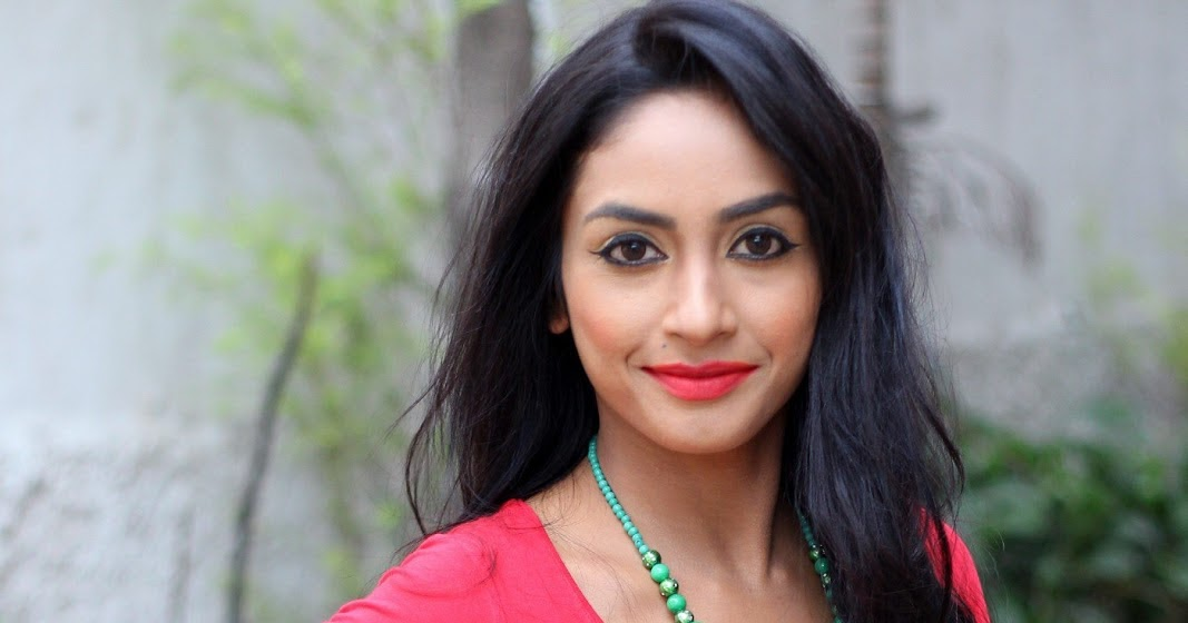 Indian hot actress sexy pictures : Pooja sree actress hot ...