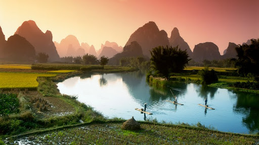 Fishing on the Li River, Guilin, China.jpg