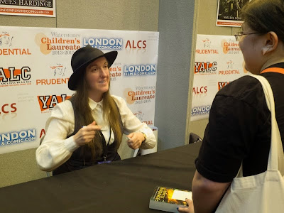 Frances Hardinge signing at London YA Lit Con (YALC)