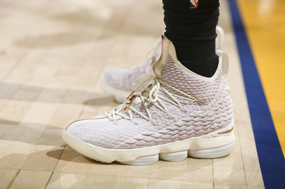 release date d7144 22e20 LBJ Debuts Kith X Nike LeBron 15 Performance on Christmas ...