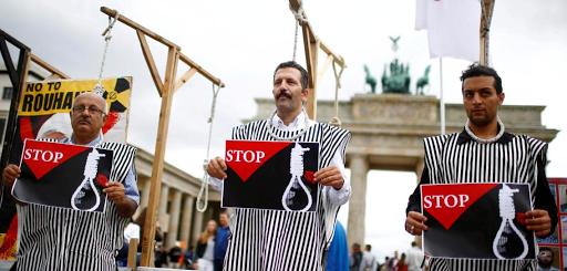 """عمليات ترحيل الكُرد إلى إيران """"ألمانيا يجب ألا تلطخ أصابعها بالدماء"""""""