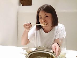 Photo: カツオ土鍋炊き込み飯は、鍋底のおこげもうまし(≧▽≦)