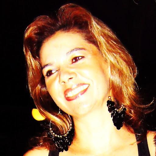 Eva Galeano Photo 2