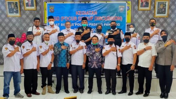 Perkuat Program Kemitraan, Polres Padang Panjang Bersinergis Bersama Pokdarkamtibmas Ciptakan Kamtibmas Yang Kondusif