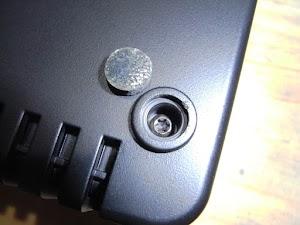 電動アシスト自転車バッテリパックの充電器を分解