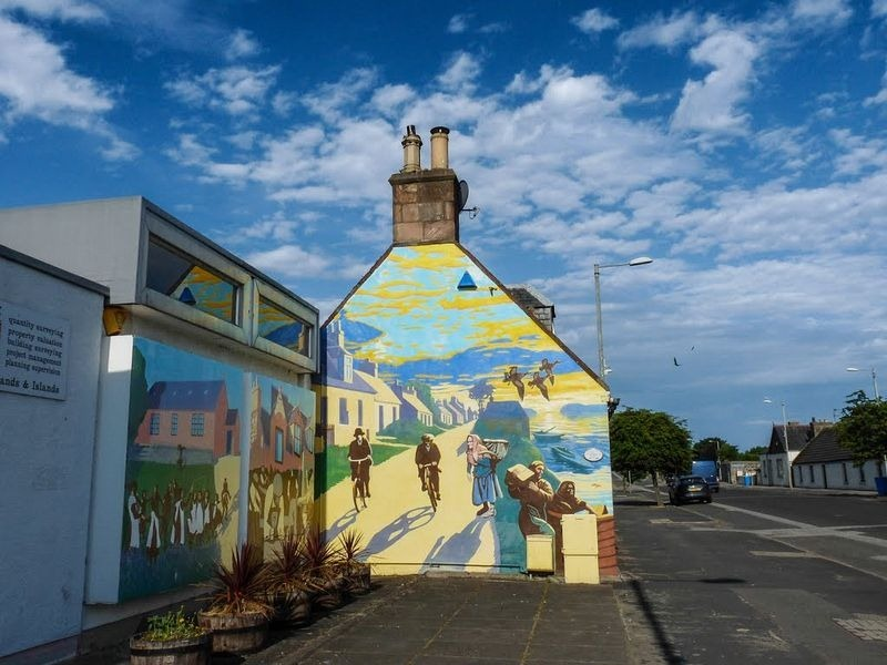 The Murals Of Invergordon Amusing Planet