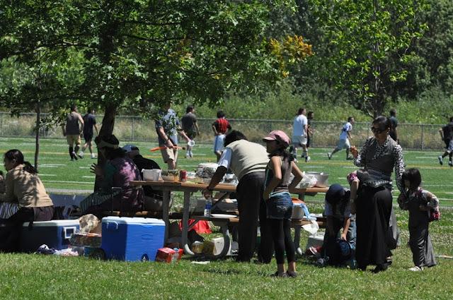 TAW celebrating H.H the Dalai Lama Bday at Magnuson Park 2011 - Trungkar--Magnuson%25252520park%25252520267.JPG