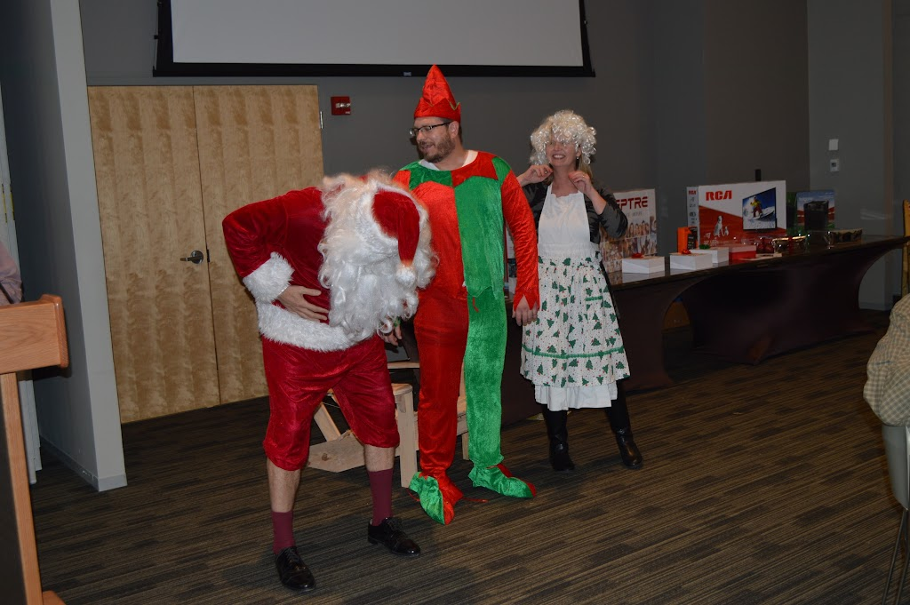 UAHT Employee Christmas Party 2015 - DSC_9337.JPG