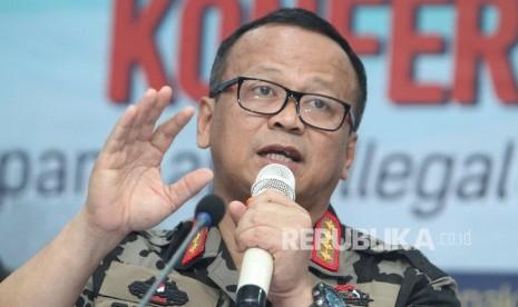 Edhy Prabowo Rekrut Ali Mochtar Ngabalin dan Effendi Gazali di KKP