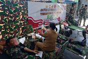 Sambut HUT TNI ke-76, Satgas Yonarmed 6/3 Kostrad Gelar Baksos Donor Darah di Pos Perbatasan