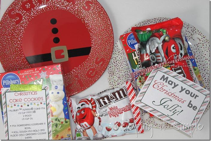 #ad Santa-Cookies-Cake-Cookies-With-DIY-Santa-Plate #BakeintheFun (46)