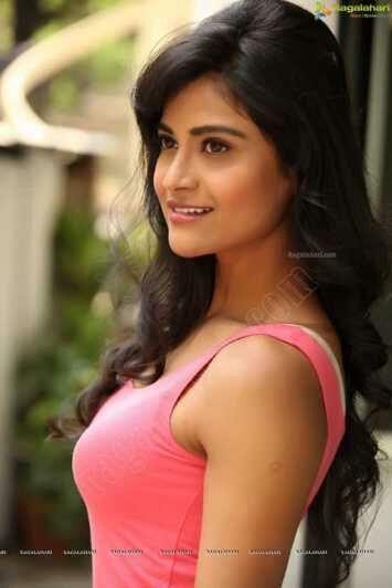 Hot Sexy Actress Pics South Indian Actress Milky Boob Images-4642
