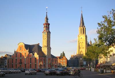 1755: het stadhuis van Sint-Truiden krijgt haar huidig uitzicht.