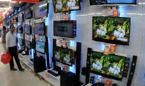 Alasan Kenapa Warga Mulai Malas Akses Tayangan Televisi Nasional