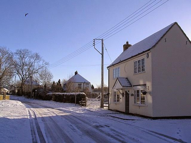 Woodhurst In The Snow - 5004598510233_0_BG.jpg
