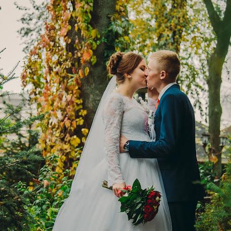 Свадебный фотограф Юла Гуржос (julaphoto). Фотография от 10.12.2017