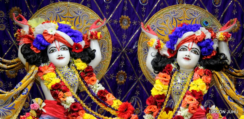 ISKCON Juhu Sringar Deity Darshan on 7th Sep 2016 (101)