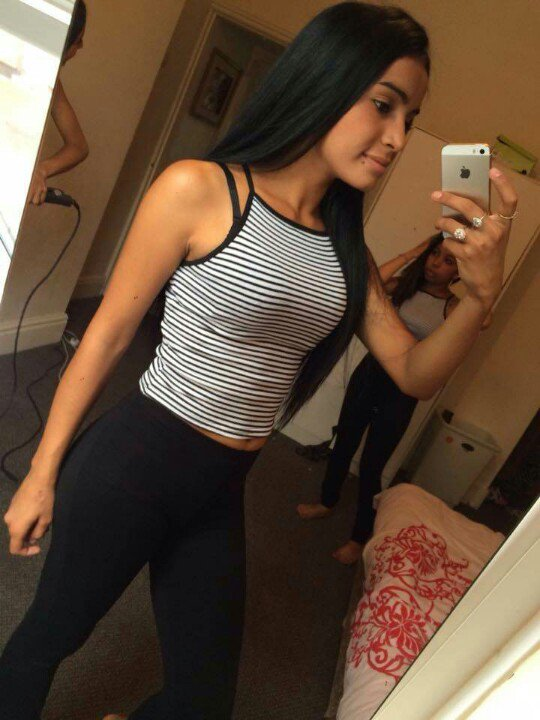 Sleeveless Top And Track Shoot Wear Hot College Girls Images